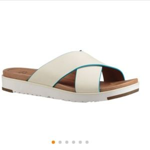 Ugg Women's Kari White Size 9 BRAND NEW